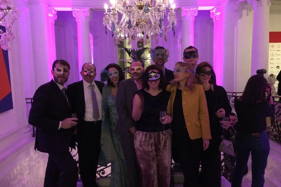 Gran éxito del Baile de Máscaras del Club Rotary Zurbarán a favor de PMS